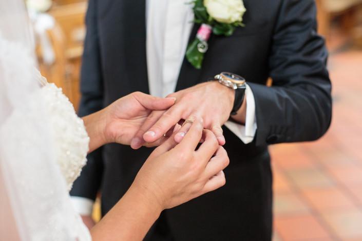 Hochzeitsfotograf Hochzeitsfotos NRW - wir erstellen kreative & emotionale Hochzeitsreportagen nicht nur in Düsseldorf Köln Bonn Dortmund